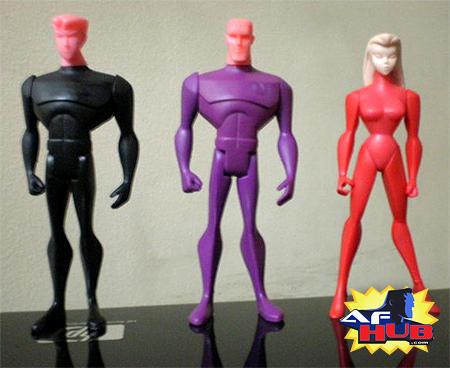 Da sinistra: i prototipi delle action figures di Cosmic Boy, Brainiac 5, Saturn Girl